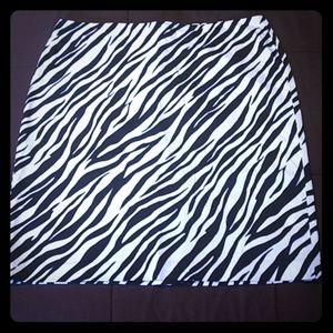 Jones Wear Studio Zebra Print Skirt